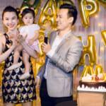 MC Thảo Nhi & ông xã Thiên Vũ hạnh phúc trong tiệc thôi nôi con gái