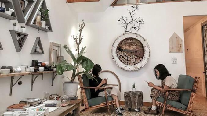 """""""Sống ảo"""" tại các quán café siêu đẹp trong trong mùa giáng sinh tại Sài Gòn"""