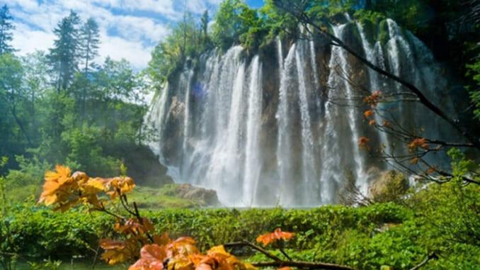 Vườn quốc gia hồ Plitvice là một trong những thiên đường giữa trần thế.