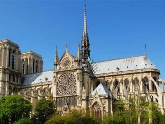 Nét kiến trúc đầy bí ẩn của Nhà thờ Đức Bà ở Paris